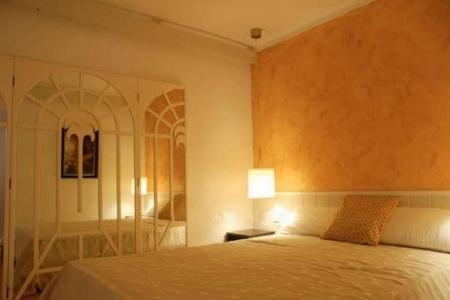 Eines der 2 exquisiten Schlafzimmer