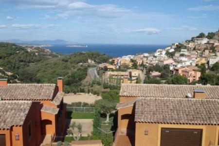 Häuser In katalonien häuser in katalonien kaufen haus an der costa brava