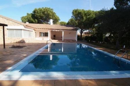 Luxuriöse Villa mit Pool und Fitnessstudio nahe dem Meer in Platja de Pals