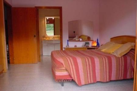 Elternschlafzimmer, mit direktem Zugang zum Bad