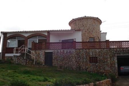 Architektonisch einzigartiges Haus in Pals mit Swimmingpool und atemberaubendem Meerblick